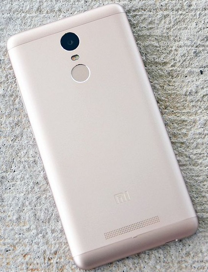 Телефон Xiaomi Redmi Note 3